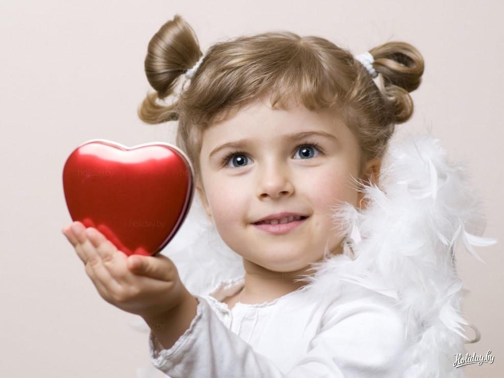 Фото ребенок за компом