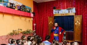 Фотофакт: как школьники реагируют на спектакли на мове в «Дукорском маёнтке»