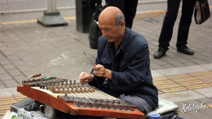 Путешествие по Китаю. Уличный музыкант