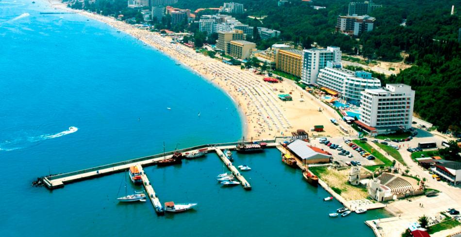 Holiday.by разыгрывает бесплатный тур в Болгарию на двоих. Пройди тест и участвуй в акции