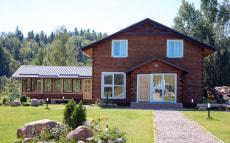 «Логойск Вилла», Wooden villa