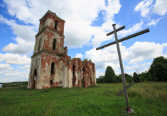 Свято-Троицкий храм в деревне Черея