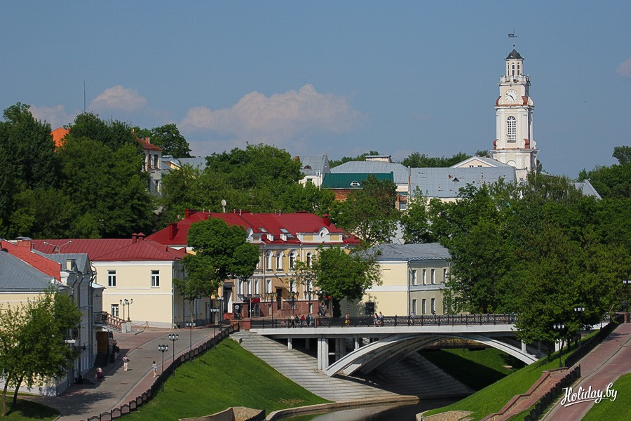 http://www.holiday.by/files/sights/vitebsk_ratusha_0006-36e81052726f73812be0a6bbdc6377d6.jpg